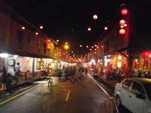 Pasar malam Siniawan, jauh dari pusat bandar Kuching tapi interesting