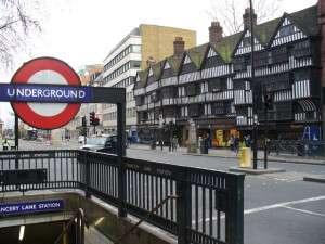 Bagunan tua di Chancery Lane City of London