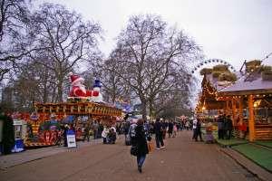 Kalau datang musim winter, korang mesti melawat Winter Wonderland di Hyde Park